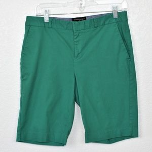 Banana Republic Green Burmuda Shorts Sz 4